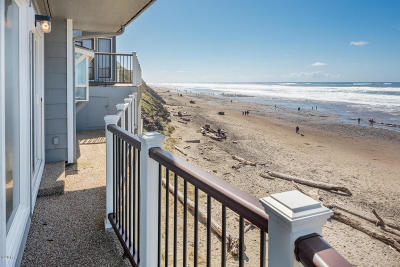 Depoe Bay, Gleneden Beach, Lincoln City, Otter Rock Condo/Townhouse For Sale: 241 SW Ebb Ave.