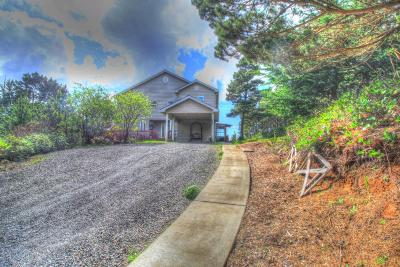 Seal Rock Single Family Home For Sale: 9068 NW Grouse Ct.
