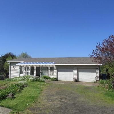 Yachats Single Family Home For Sale: 1375 King St