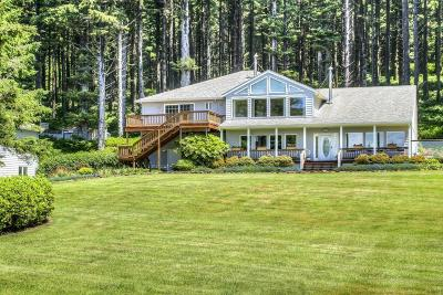 Yachats Single Family Home For Sale: 95981 Hwy 101 S