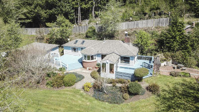 Lincoln City Single Family Home For Sale: 381 S Anderson Creek Rd