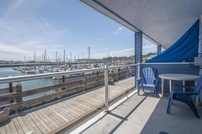 Newport Condo/Townhouse For Sale: 890 SE Bay Blvd #101