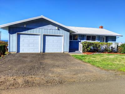 Yachats Single Family Home For Sale: 1411 King St