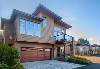 Yachats Single Family Home For Sale: 27 Koho Loop