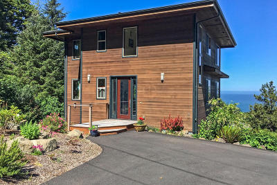 Yachats Single Family Home For Sale: 112 Greenhill Dr