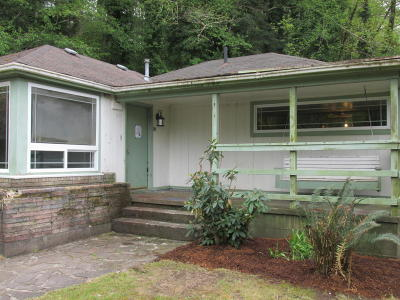 Alsea, Depoe Bay, Eddyville, Gleneden Beach, Grand Ronde, Lincoln City, Logsden, Neotsu, Neskowin, Newport, Otis, Otter Rock, Pacific City, Rose Lodge, Seal Rock, Siletz, South Beach, Tidewater, Toledo, Waldport, Yachats Single Family Home For Sale: 277 NE 10th St