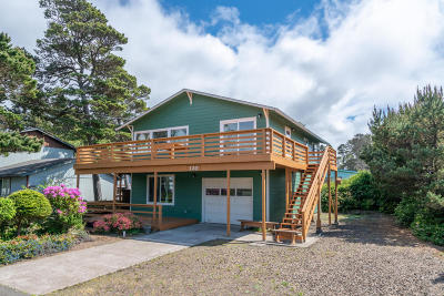 Depoe Bay Single Family Home For Sale: 120 Division St