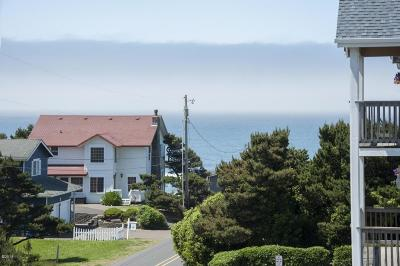 Lincoln City Condo/Townhouse For Sale: 1315 NW 14th St