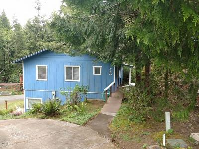 Waldport OR Single Family Home For Sale: $279,000