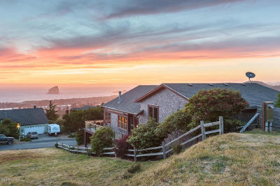 Pacific City Single Family Home For Sale: 35565 Topping Road