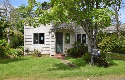 Depoe Bay, Gleneden Beach, Lincoln City, Newport, Otter Rock, Seal Rock, South Beach, Tidewater, Toledo, Waldport, Yachats Single Family Home For Sale: 6417 SW Galley Ave