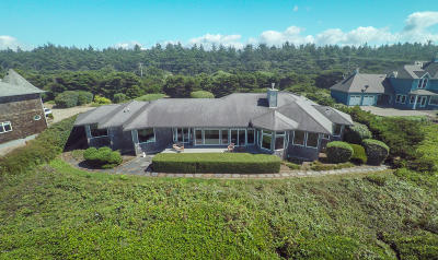 Seal Rock Single Family Home For Sale: 12300 NW Ocean Vista Ln