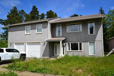 Yachats Single Family Home For Sale: 5090 NE Highland Ave