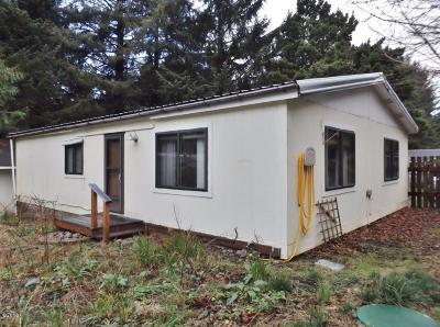 Yachats Mobile/Manufactured For Sale: 430 NE Alder St