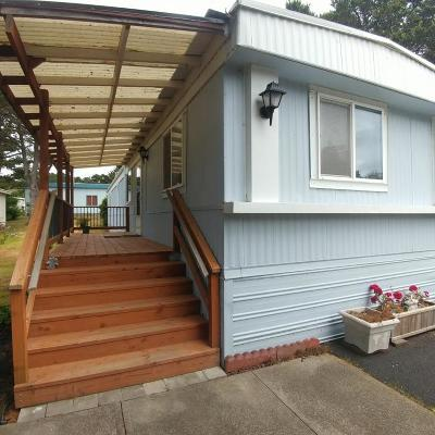 Depoe Bay, Gleneden Beach, Lincoln City, Newport, Otter Rock, Seal Rock, South Beach, Tidewater, Toledo, Waldport, Yachats Mobile/Manufactured For Sale: 5405 NW Pacific Coast Hwy #11