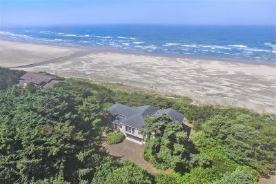 Seal Rock Single Family Home For Sale: 6520 NW Pacific Coast Hwy