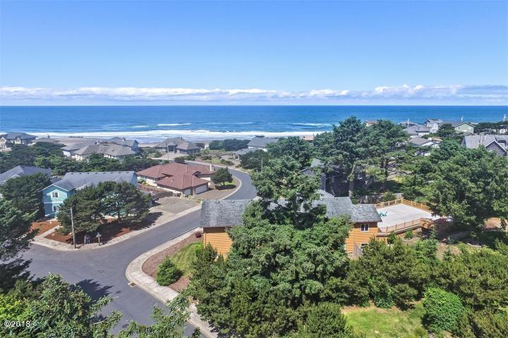 13504 sq ft in Lincoln City for $105,000