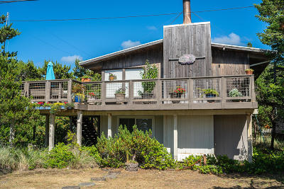 Neskowin Single Family Home For Sale: 47825 Breakers Blvd.