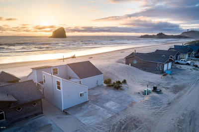 Pacific City Single Family Home For Sale: 34440 Ocean Drive