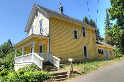 Single Family Home Sold: 492 SE 3rd St