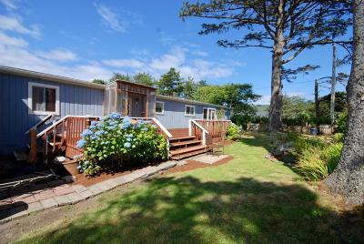 Depoe Bay, Gleneden Beach, Lincoln City, Newport, Otter Rock, Seal Rock, South Beach, Tidewater, Toledo, Waldport, Yachats Mobile/Manufactured For Sale: 311 NW 59th St