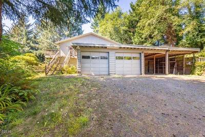 Waldport Single Family Home For Sale: 289 N Bayview Ct