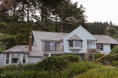 Yachats Single Family Home For Sale: 95621 Highway 101 S