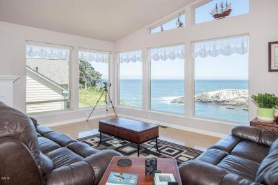 Depoe Bay Single Family Home For Sale: 125 NW Vista St