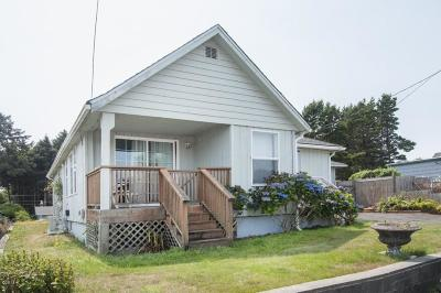Lincoln City Single Family Home For Sale: 1152 SW 16th St.