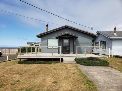 Yachats Single Family Home For Sale: 655 W Marine Drive