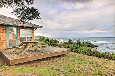 Depoe Bay Single Family Home For Sale: 365 SW Coast Ave
