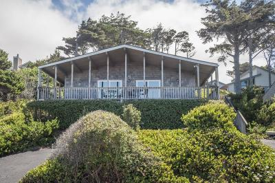 Depoe Bay Single Family Home For Sale: 3630 Lincoln Ave.