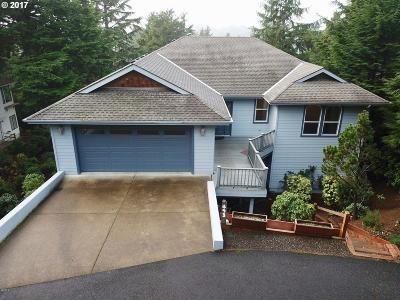 Lincoln City Single Family Home For Sale: 493 Spruce Burl