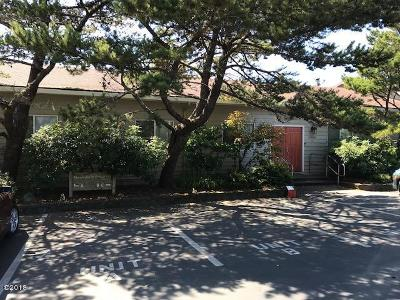 Neskowin Condo/Townhouse For Sale: 49000 S Hwy 101 Unit B #Share E