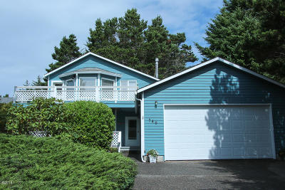 Waldport Single Family Home For Sale: 740 SW Range Drive