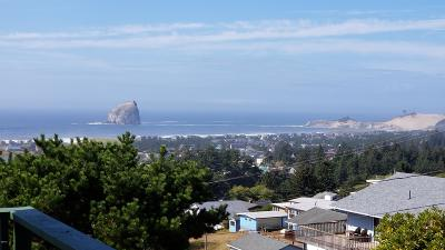Pacific City Single Family Home For Sale: 7350 E Summit Rd