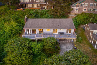 Neskowin Single Family Home For Sale: 42305 Sundown Way