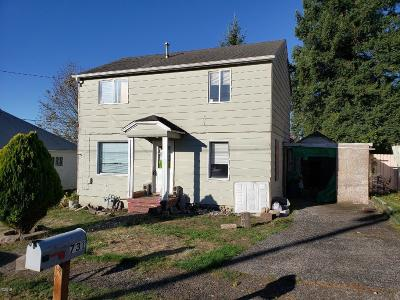 Toledo Single Family Home For Sale: 731 SE Fir