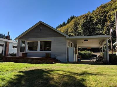 Depoe Bay, Gleneden Beach, Lincoln City, Newport, Otter Rock, Seal Rock, South Beach, Tidewater, Toledo, Waldport, Yachats Single Family Home For Sale: 366 E Little Albany Loop