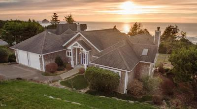 Pacific City Single Family Home For Sale: 29980 Nantucket Drive