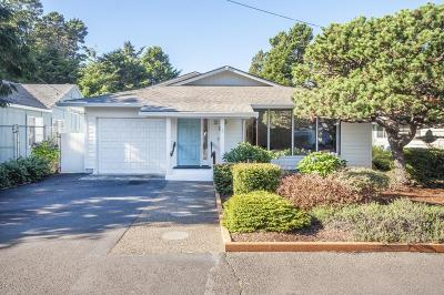 Lincoln City Single Family Home For Sale: 210 Coronado Dr