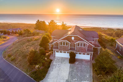 Neskowin Single Family Home For Sale: 45060 Proposal Point Dr