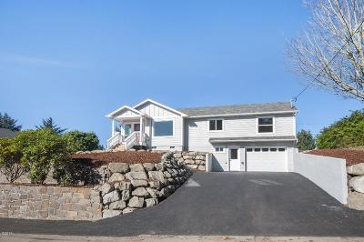 Lincoln City OR Single Family Home For Sale: $449,500