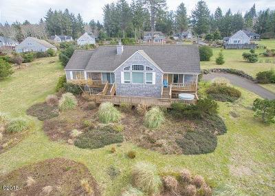 Neskowin Single Family Home For Sale: 6650 Pacific Overlook Dr
