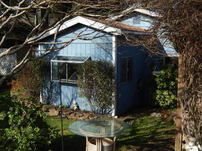 Lincoln City Single Family Home For Sale: 1111 SW 13th St