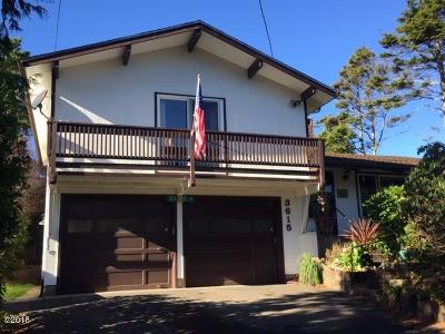 Depoe Bay Single Family Home For Sale: 3615 Sea Mist Ave