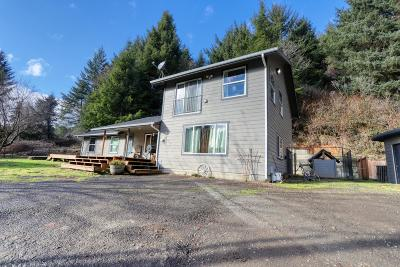 Waldport Single Family Home For Sale: 3408 S Beaver Creek Rd