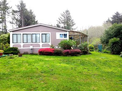 Yachats Mobile/Manufactured For Sale: 54 NE Starr Creek Dr