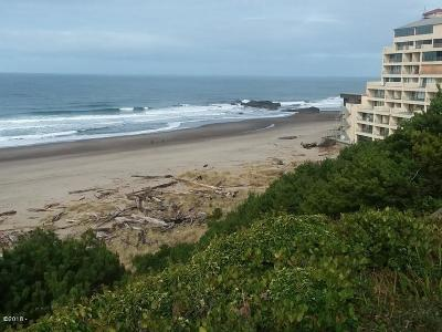 Lincoln City Condo/Townhouse For Sale: 4229 #5 SW Beach Ave