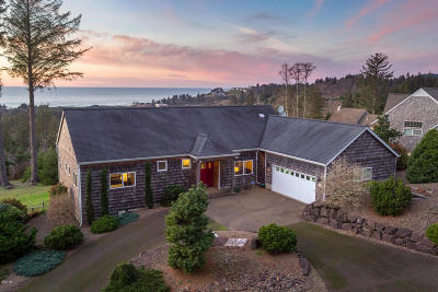 Neskowin Single Family Home For Sale: 6450 Pacific Overlook Dr